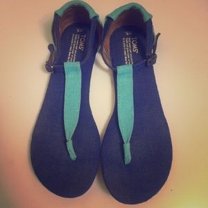 Toms Women's Playa Thong Sandal-Size 9